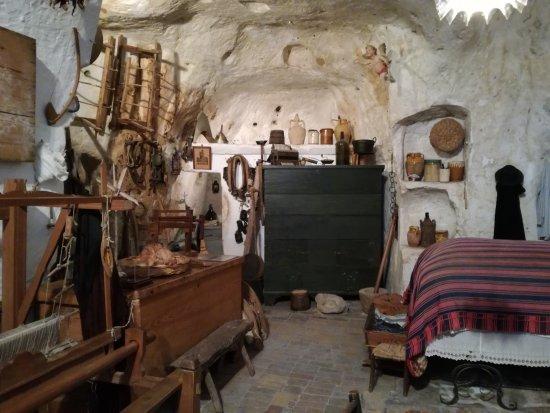 casa-grotta